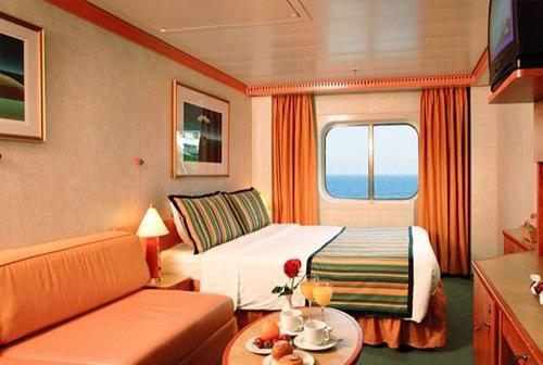 Cabine extérieure fenêtre avec une vue partiellement obstruée - Costa Mediterranea